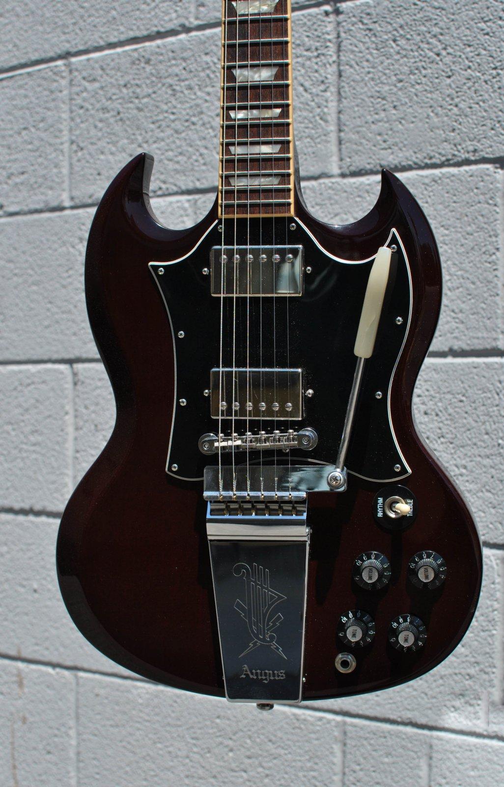 Used 2009 Gibson SG Angus Young w/Tremolo - U 13172