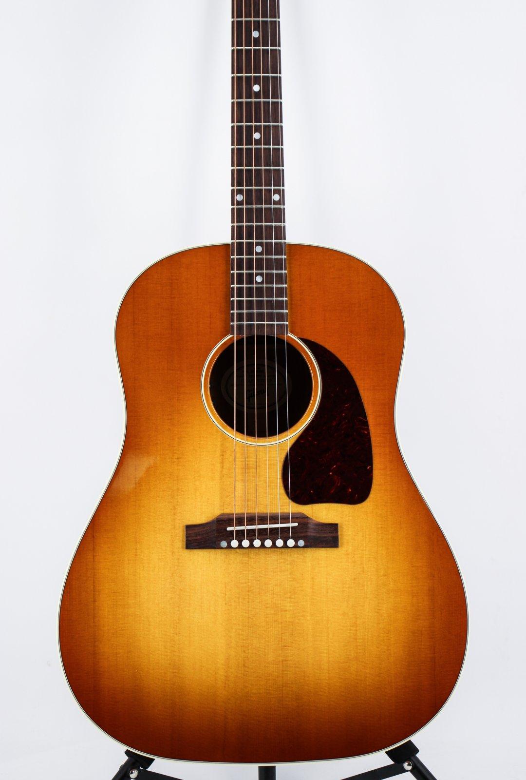 Gibson J-45 Standard Heritage Cherry Sunburst