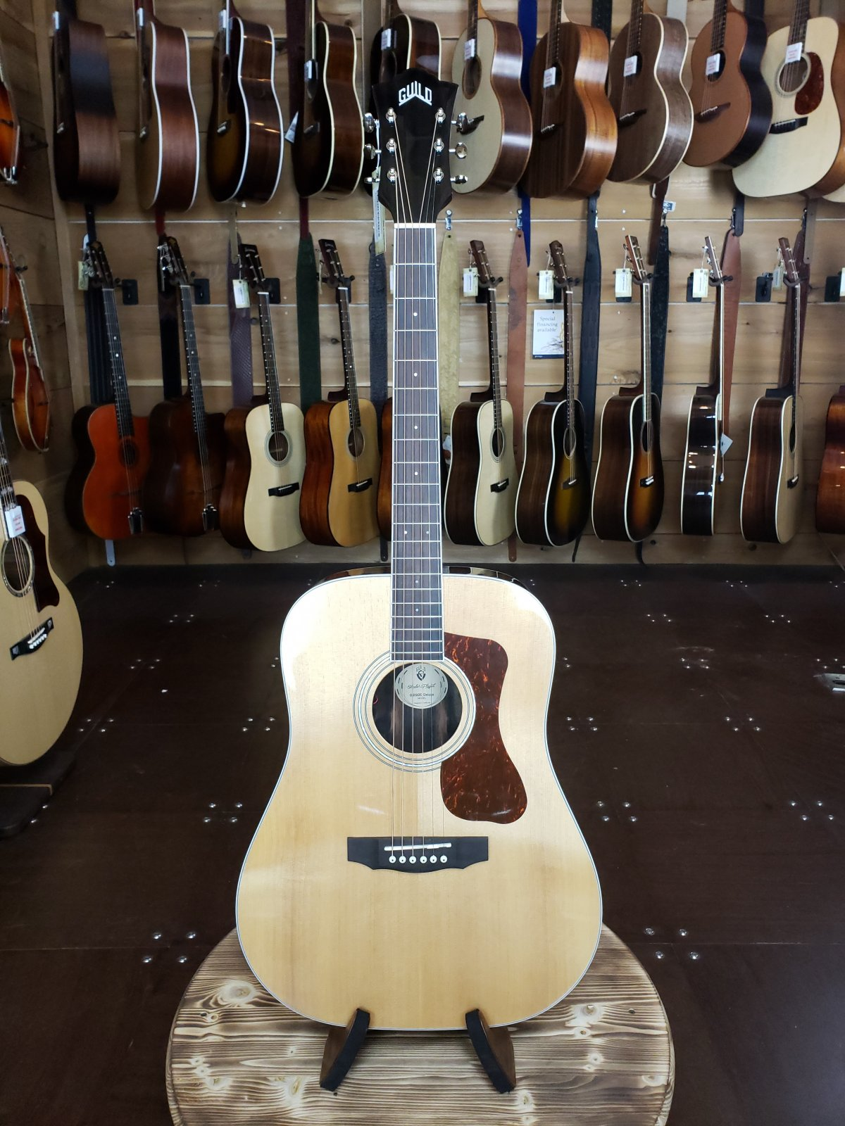 Guild D-260E Deluxe Acoustic/Electric Natural Dreadnaught Guitar w/ FREE Guild Gig Bag #0343