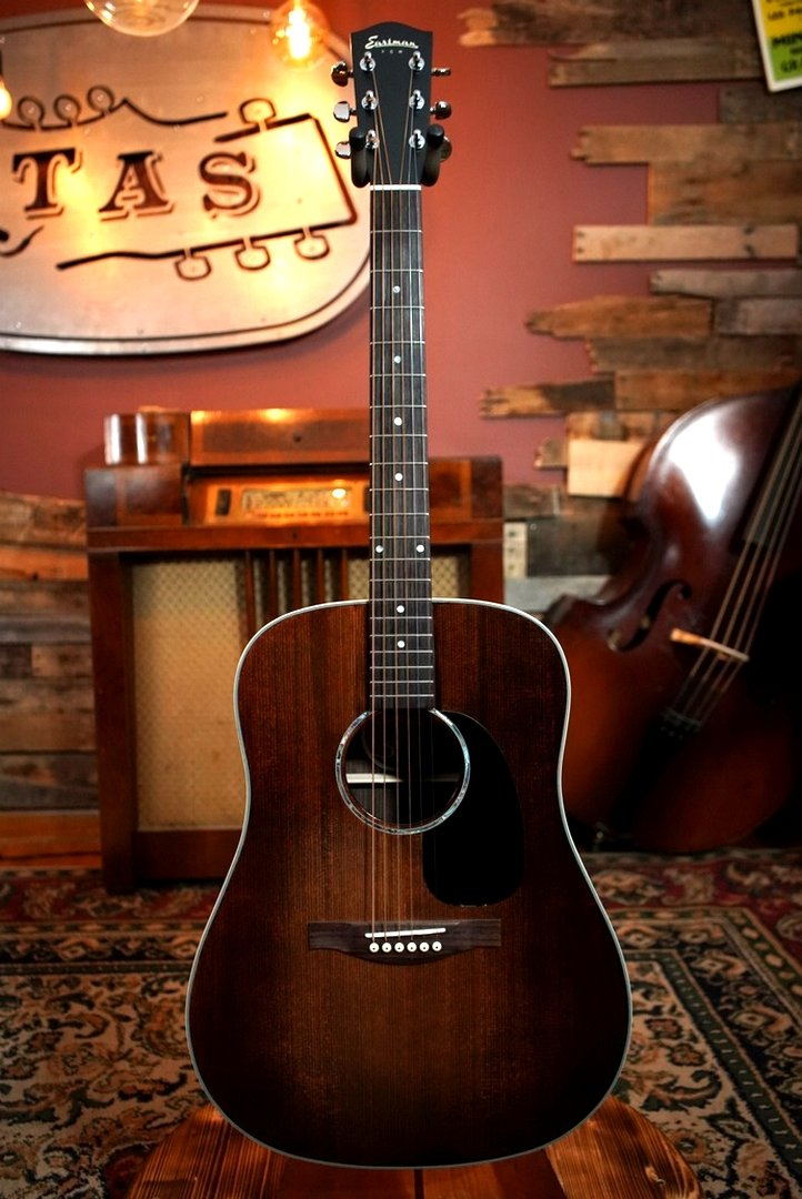 Eastman PCH2-D-CLA Solid Top Natural Dreadnaught Guitar w/ Free Gig Bag #6550