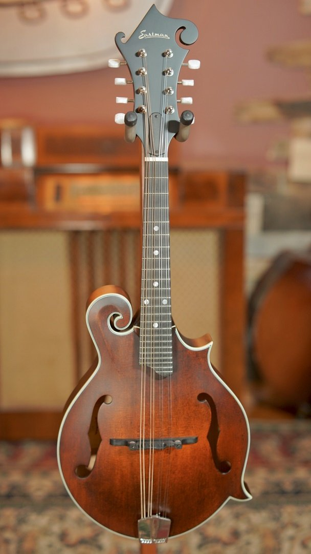 Eastman MD315 F-Style Hand-Carved Mandolin #2625