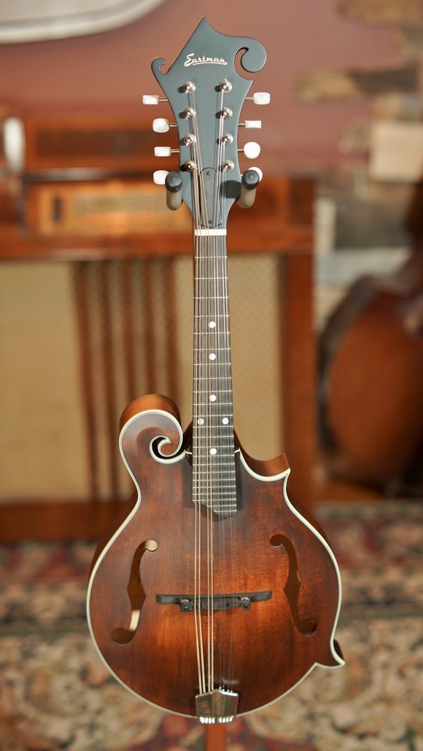Eastman MD315 F-Style Hand-Carved Mandolin #2627