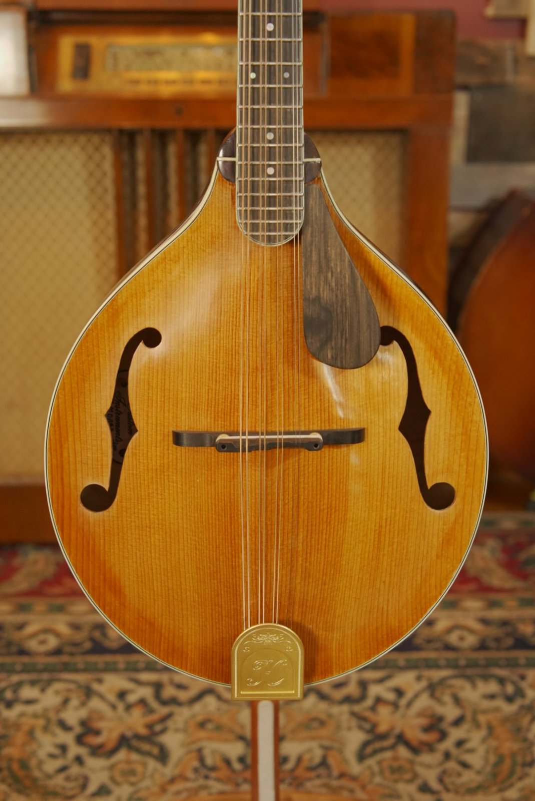 (Floor Model) Hinde MDA #3 Mandola w/ Torrefied Adirondack Top & Quilted Maple Back/Sides