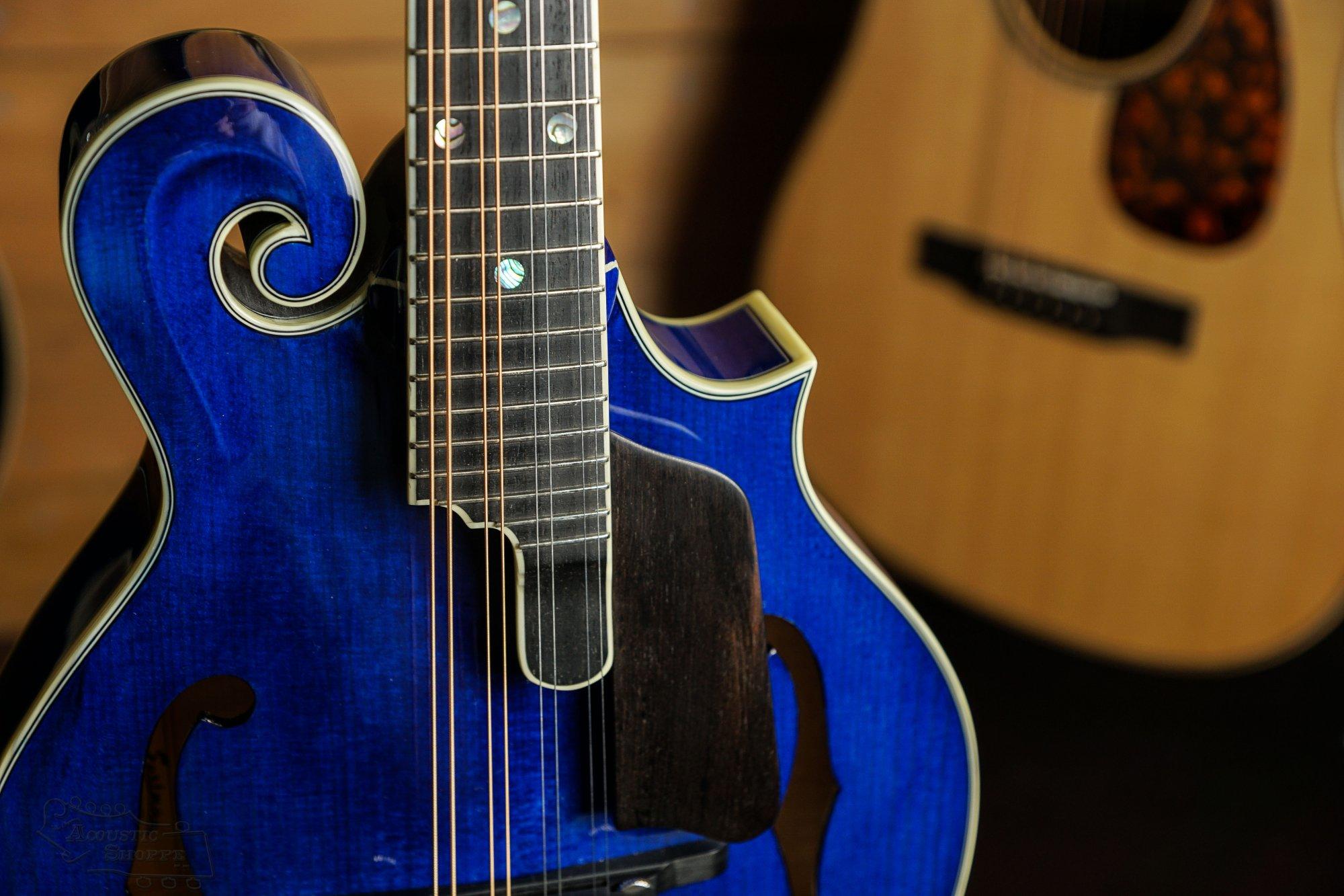 Eastman MD815PGE-BLU F-Style Mandolin