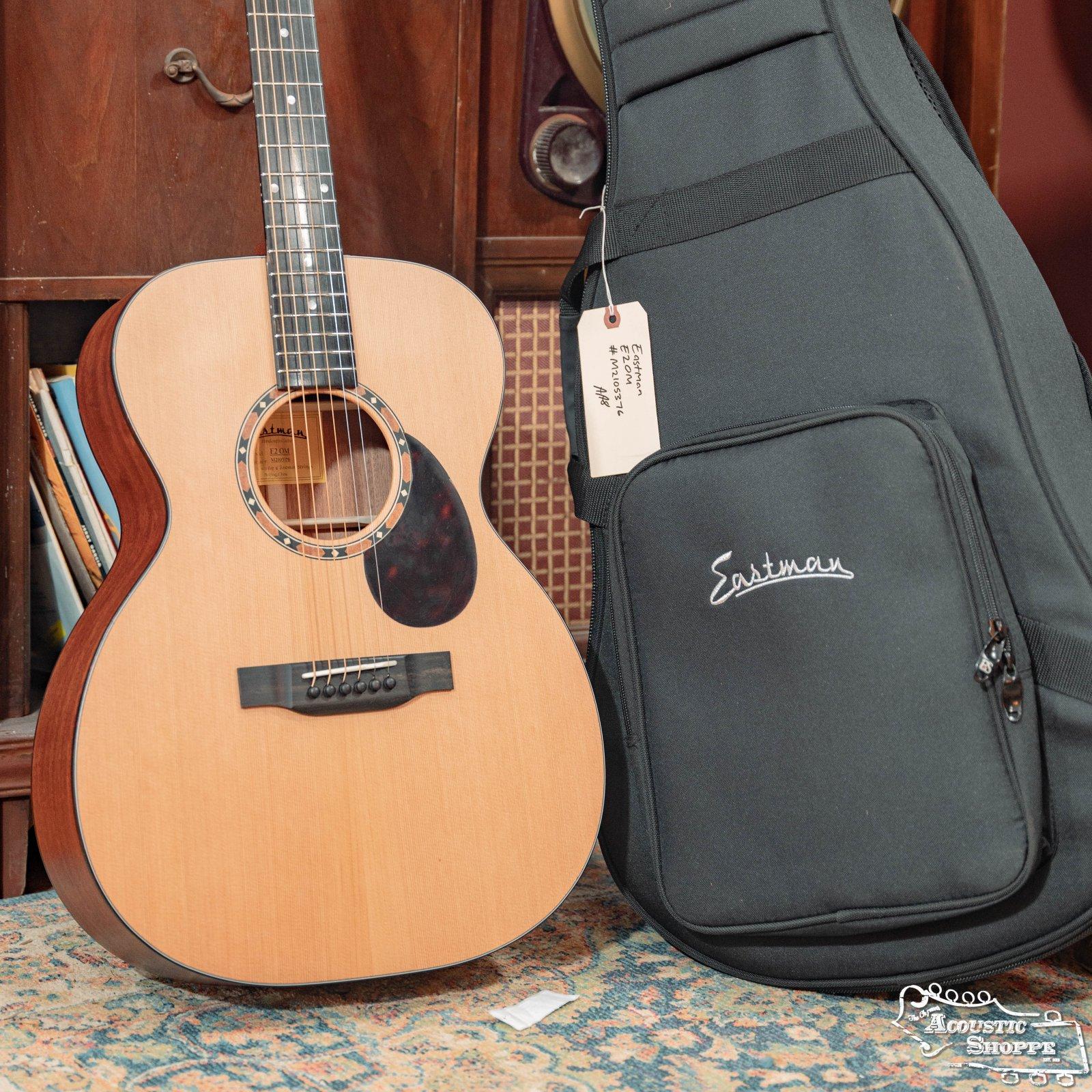 Eastman E2OM Cedar Top / Sapele Back & Sides Acoustic #5376