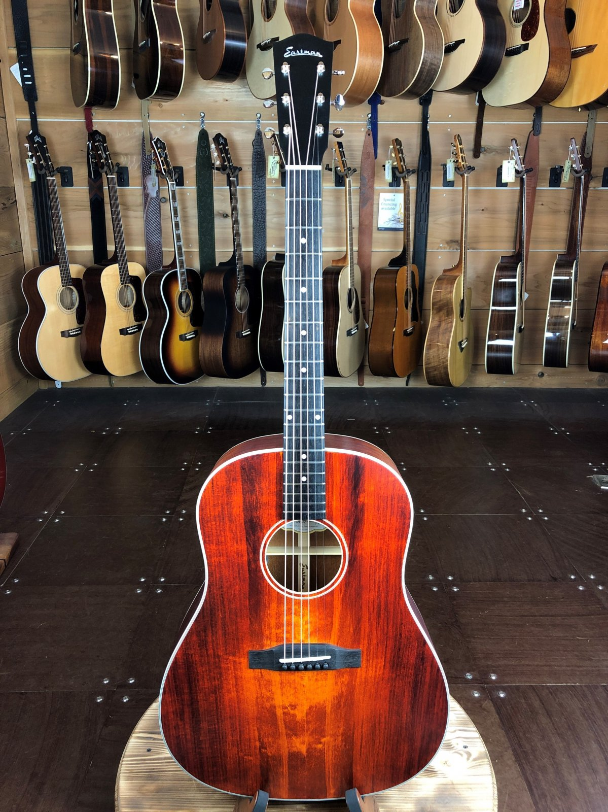 Eastman E1SS-LTD-CLA Slope Shoulder Adirondack Top Limited Edition Dreadnaught Acoustic #117/250