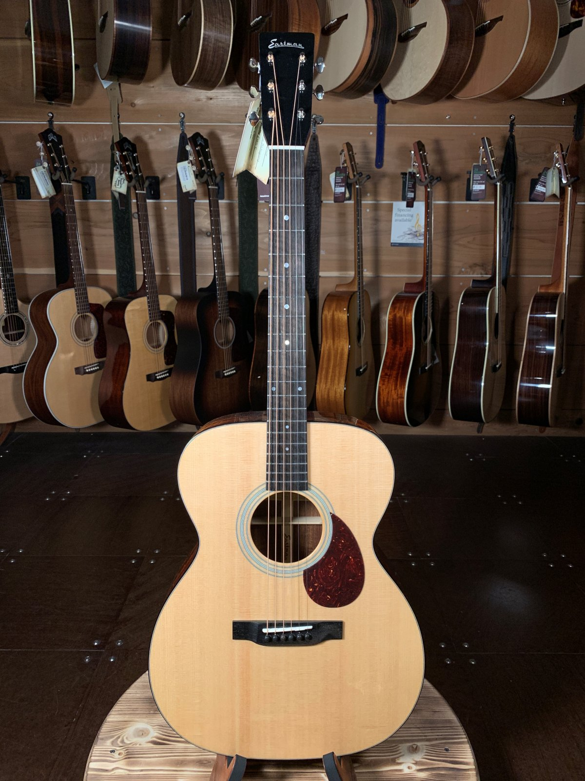 Eastman E6OM Natural Spruce/Mahogany Acoustic #6278