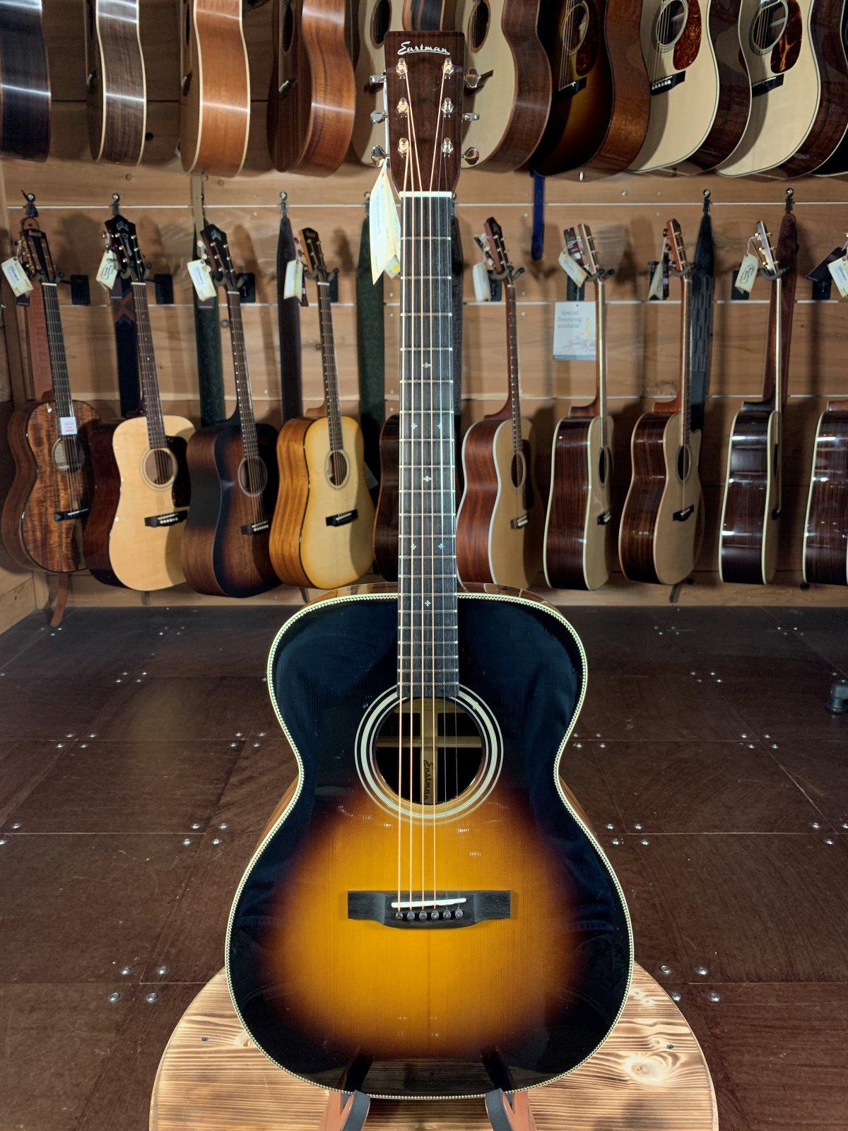 Eastman E20OM-SB Traditional Rosewood Sunburst Acoustic Guitar #5031
