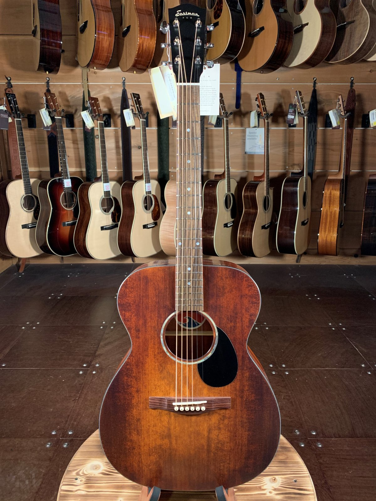 Eastman PCH1-OM-CLA Orchestra Model w/ Solid Spruce Top #2023