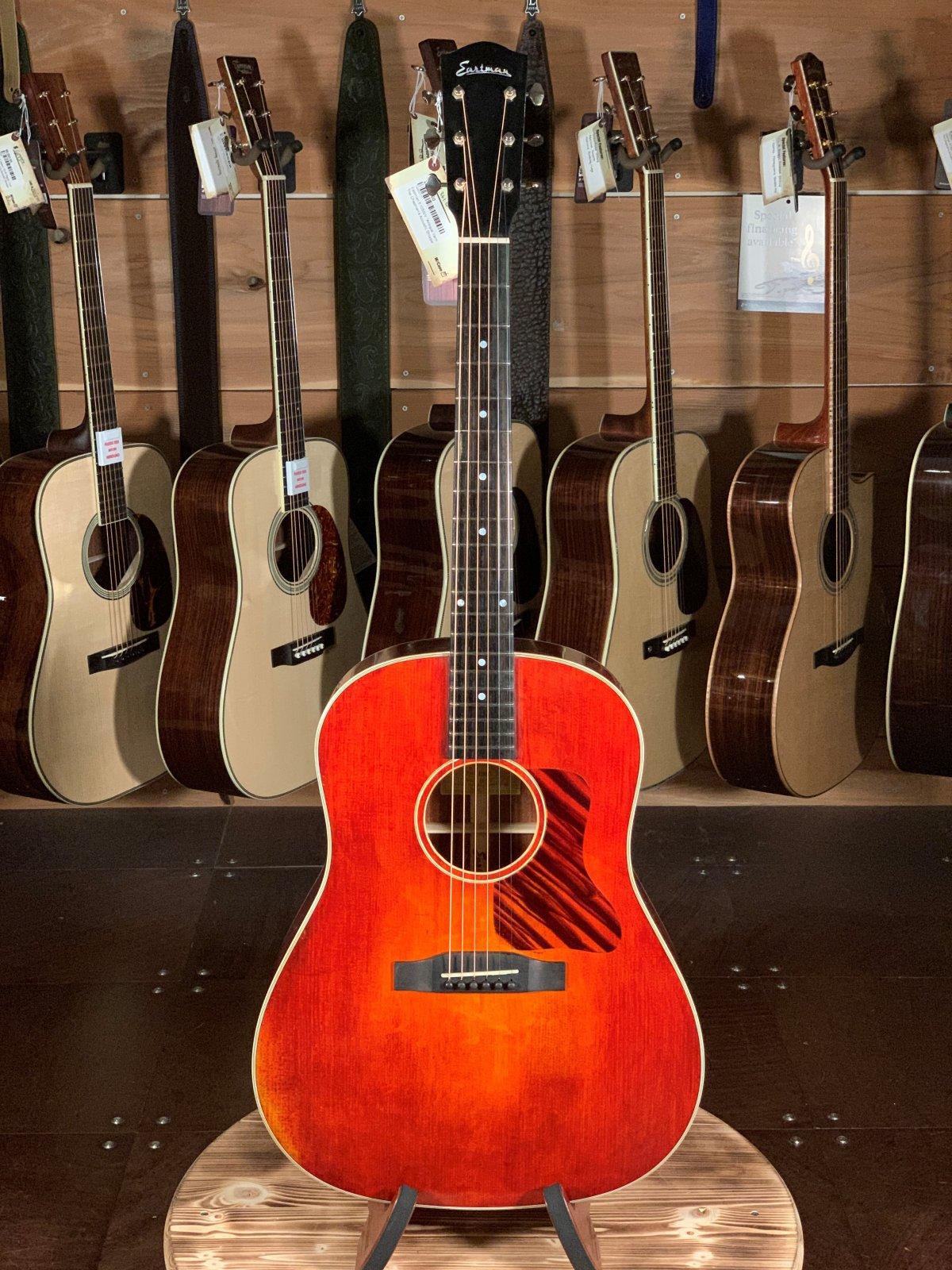 Eastman E10SS/V Antique Varnish Series Slope Shoulder Acoustic #0117