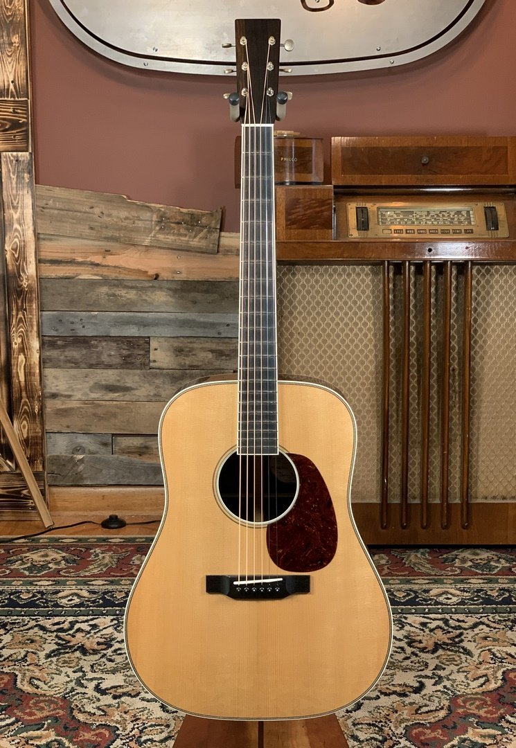 Bourgeois Heirloom Series Dreadnaught w/ Brazilian Rosewood/AT Adirondack & Large Soundhole #8868
