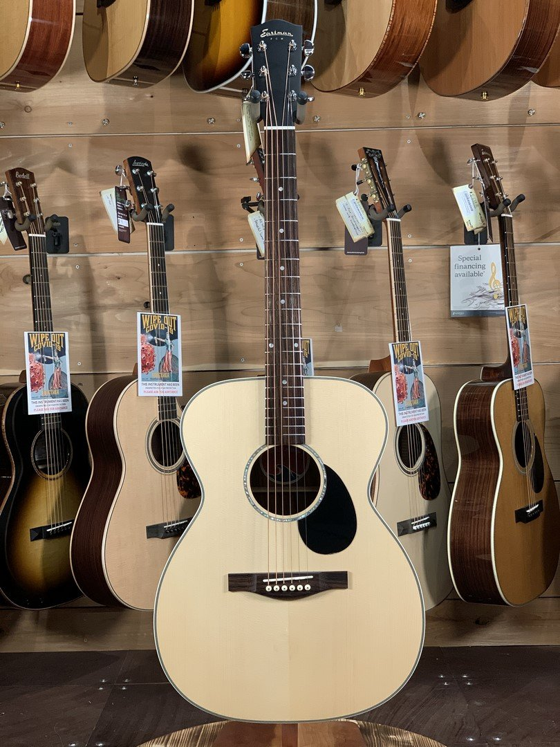 Eastman PCH2-OM Spruce/Rosewood Orchestra Model Acoustic w/ Free Gig Bag #5386
