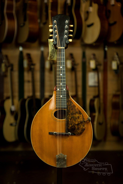 (Vintage) 1917 Gibson A1 Pumpkin Top