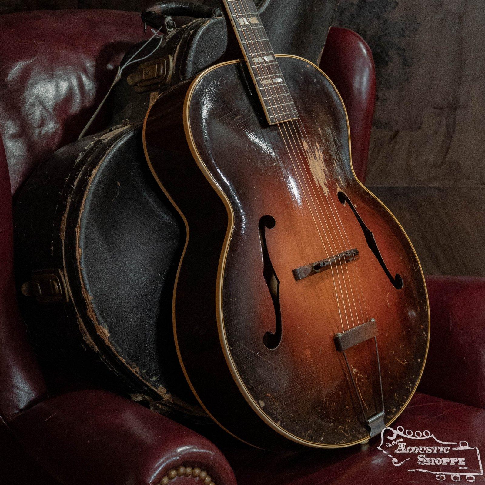 (Vintage) 1945 Gibson L-7 Sunburst Archtop w/Vintage Hardshell Case
