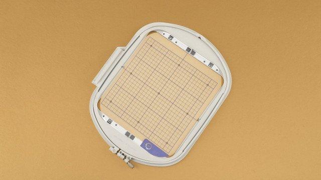 Baby Lock IQ Emb Hoop & Grid: 9.5x9.5