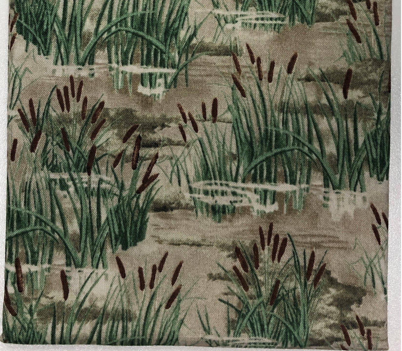 Cat Tails in a Field - Fat Quarters 20x22 - FQ011