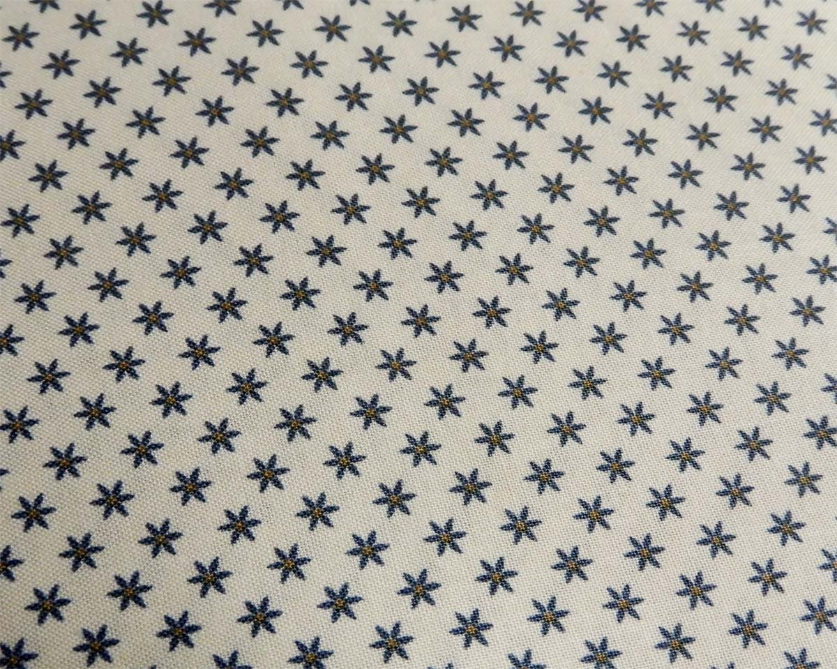 Heritage Quilts Fabric: Stars with Cream Background