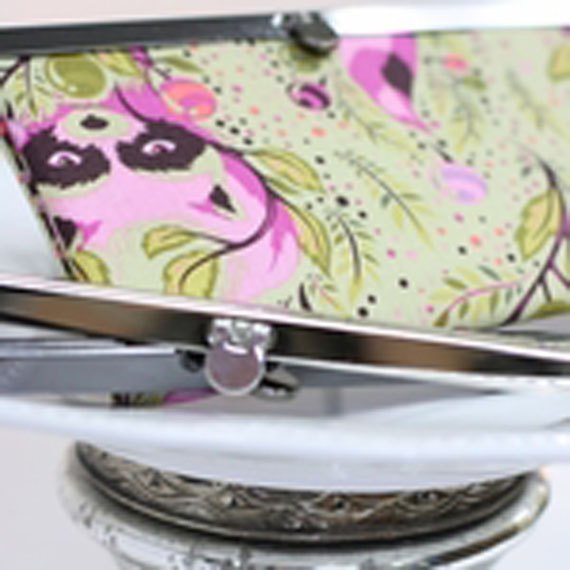 Diva Wallet Frame Gun Metal 8in