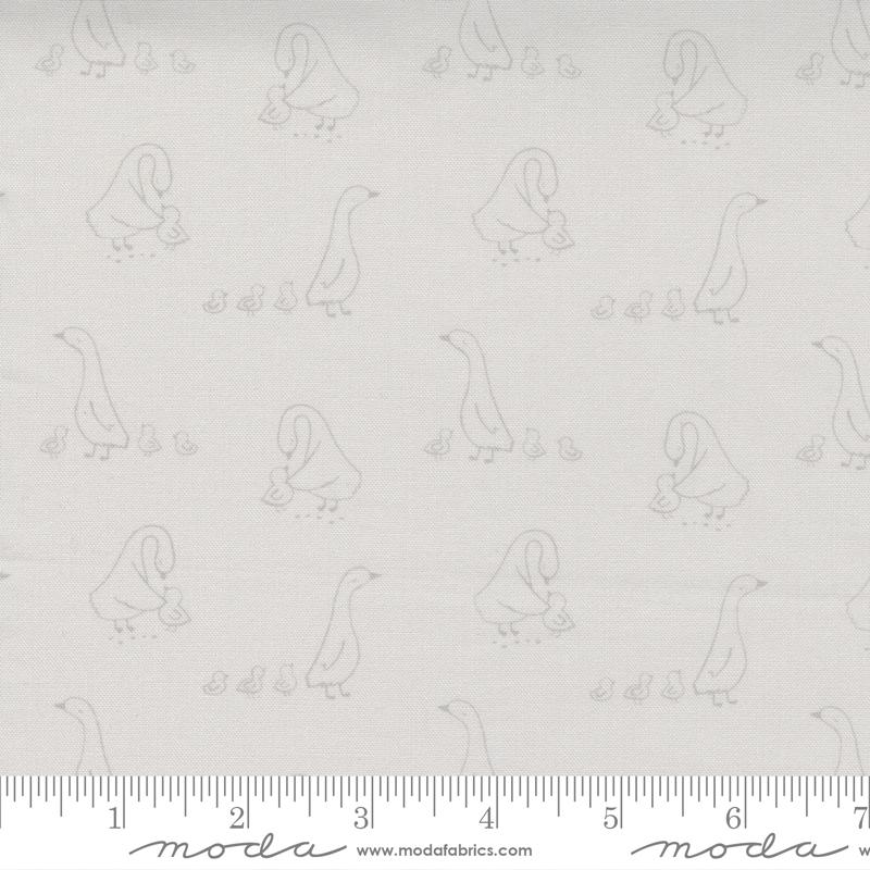 Little Ducklings Grey Mom & Ducklings #25103 14 by Moda