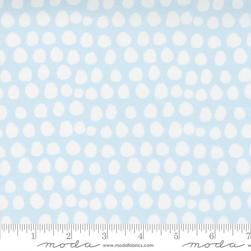 Little Ducklings Blue/White Dot #25107 15 by Moda
