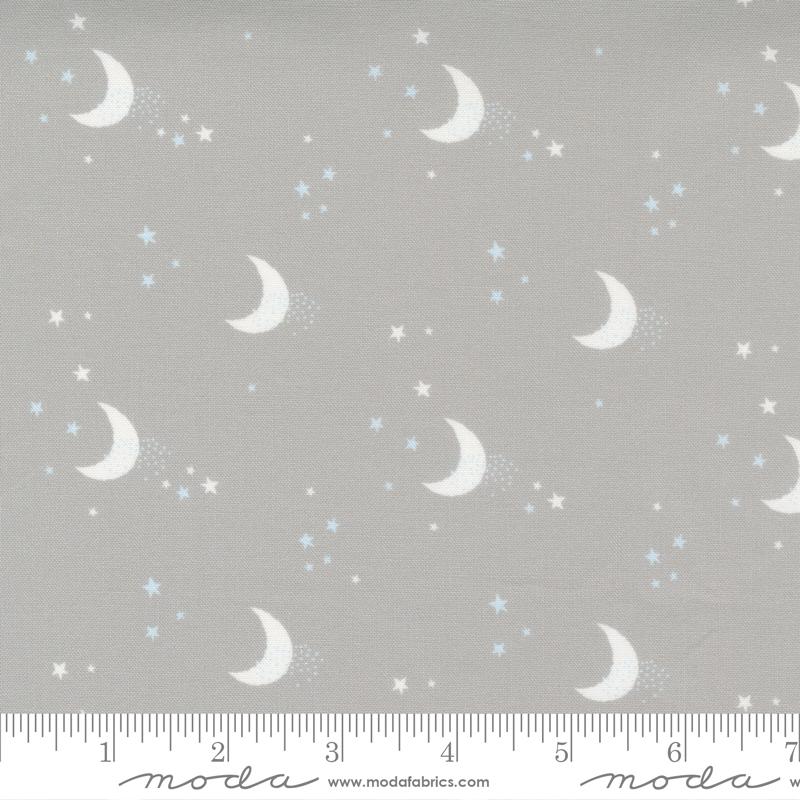 Little Ducklings Grey Moon #25105 14 by Moda