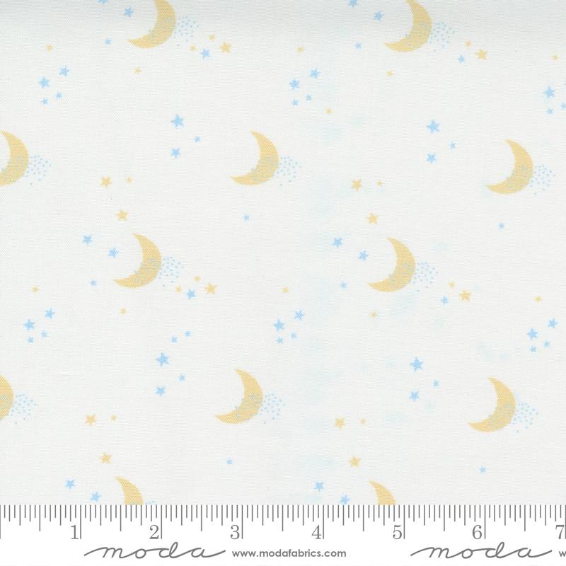 Little Ducklings White Moon #25105 11 by Moda