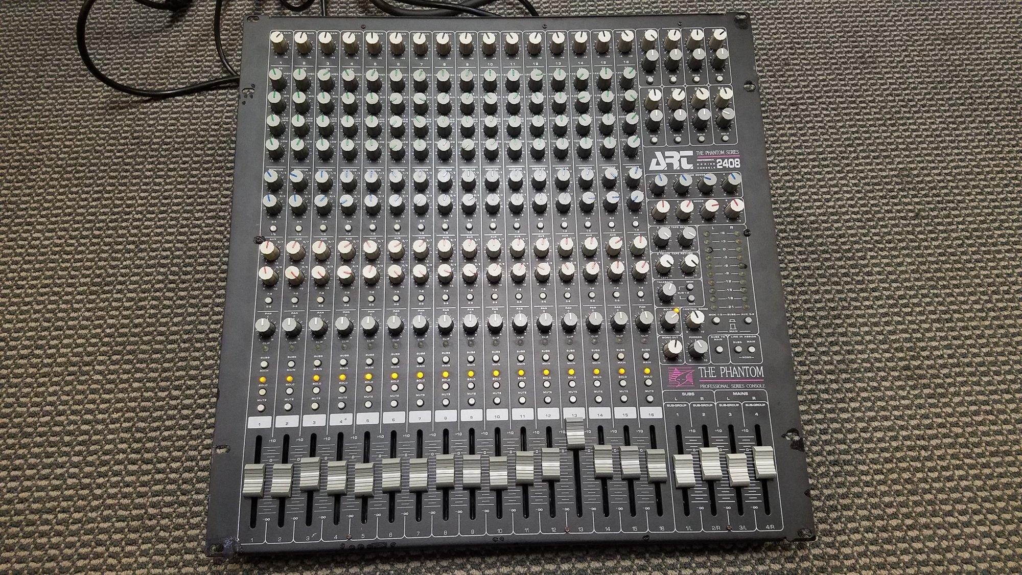ART Phantom Series 2408 Mixing Console
