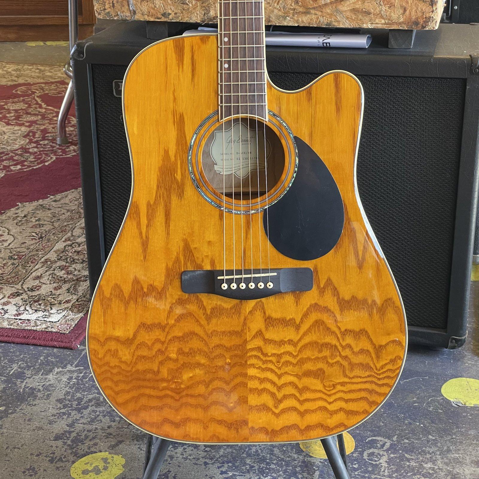 Greg Bennett Cutaway Dreadnought Acoustic Electric