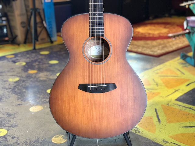 Used Breedlove Discovery Concert Acoustic