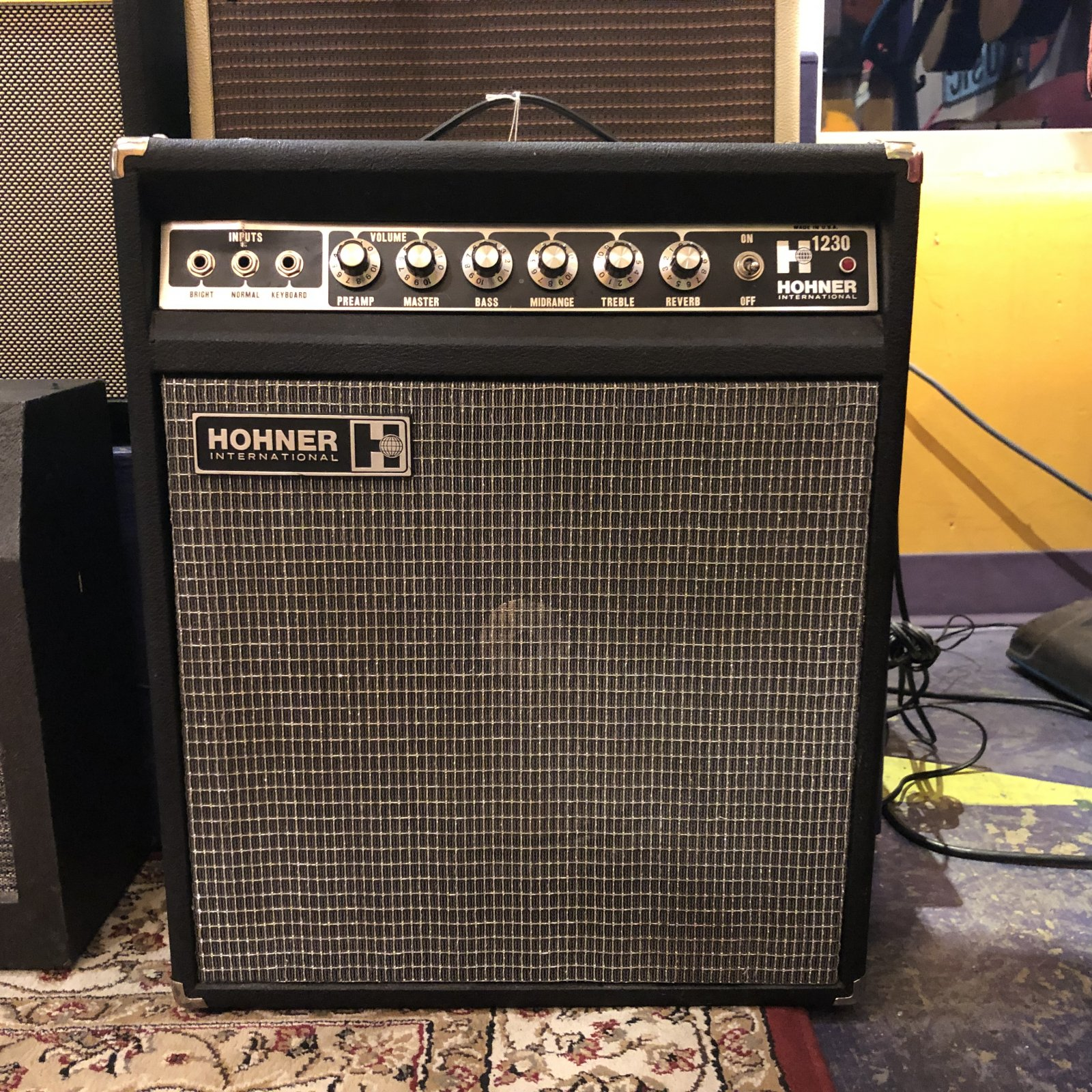 Used Hohner H-1230 Solid State Amp