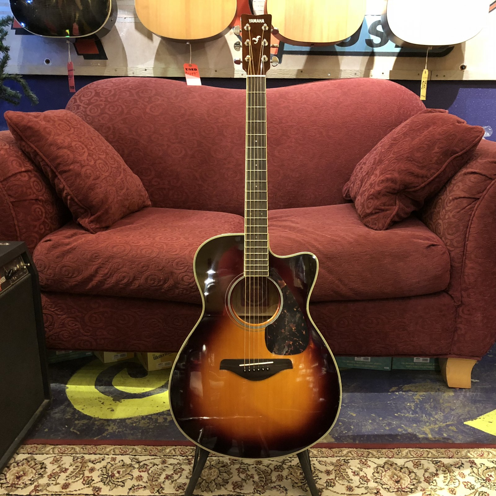 Used Yamaha FSX720SC Acoustic Electric
