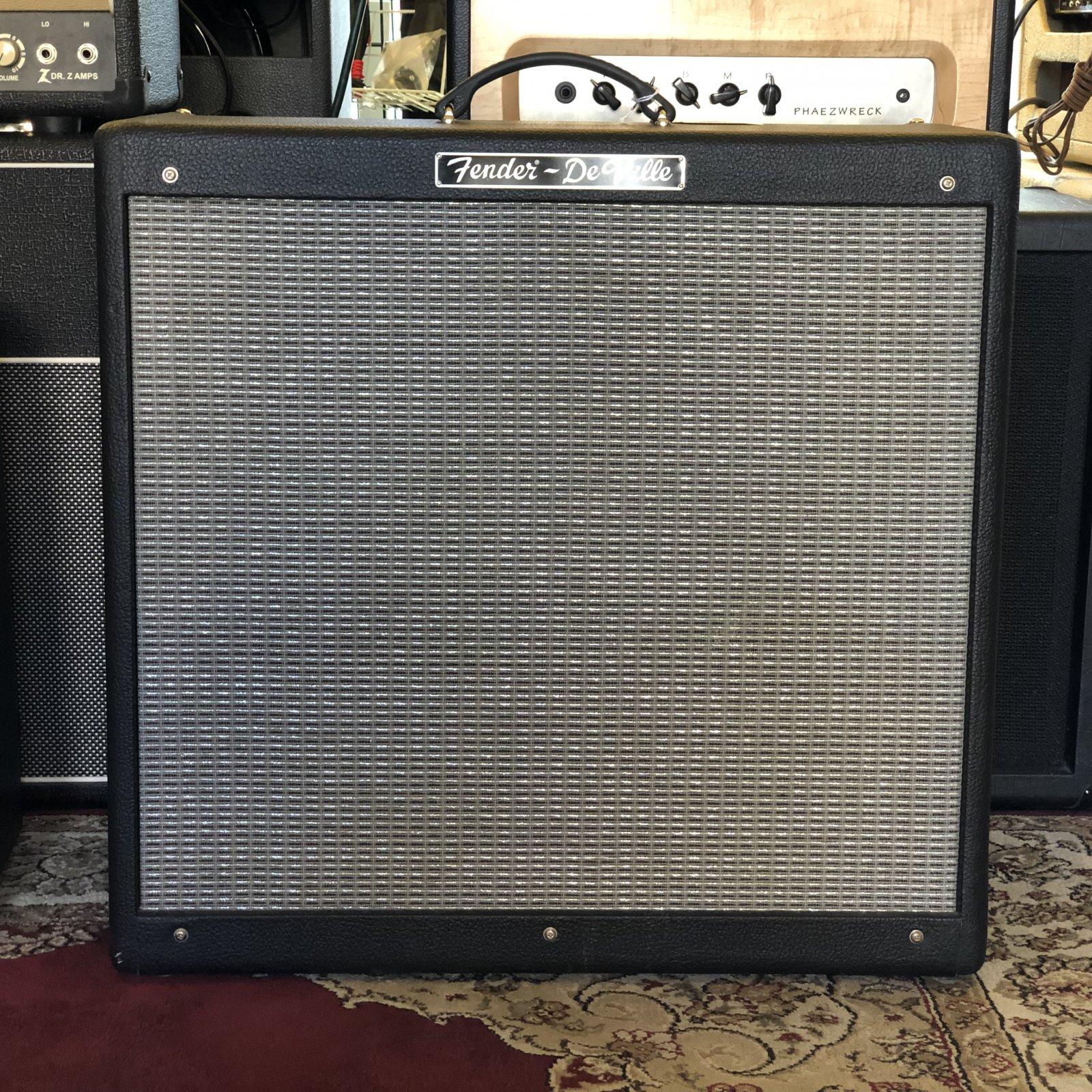 Used Fender Hot Rod Deville 410