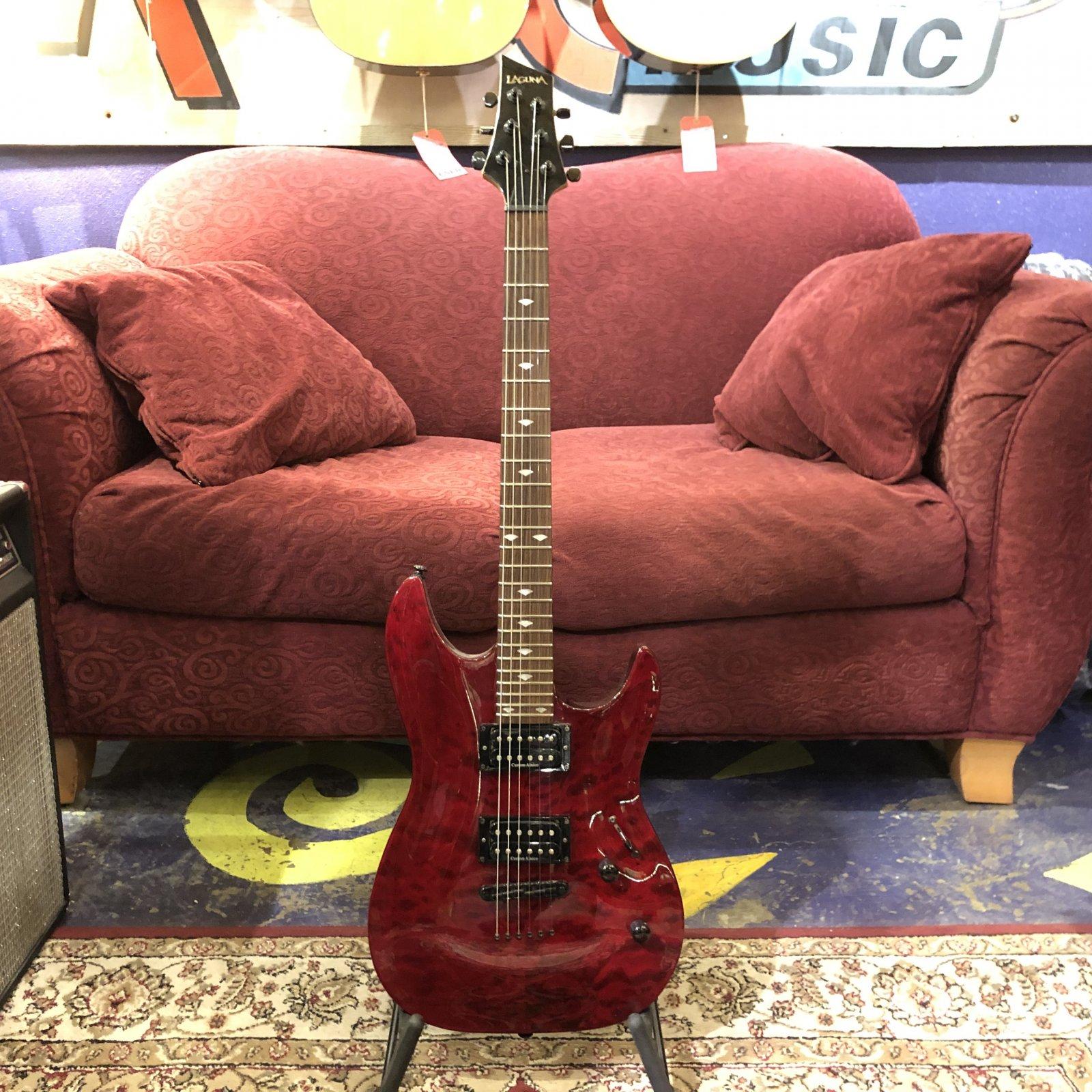 Used Laguna LE200 Electric Guitar