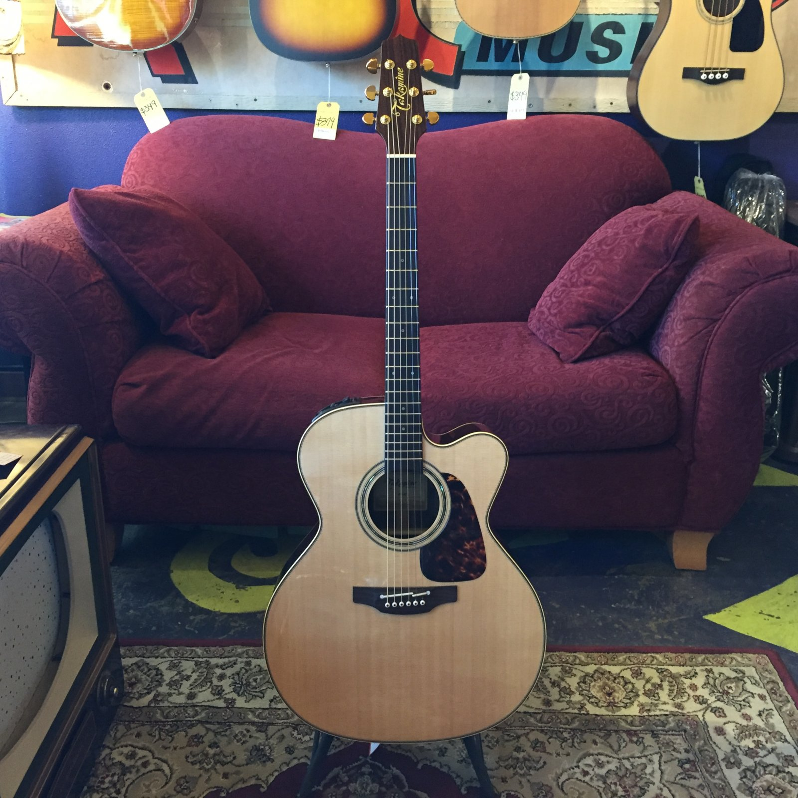 Used Takamine P5JC Jumbo Acoustic