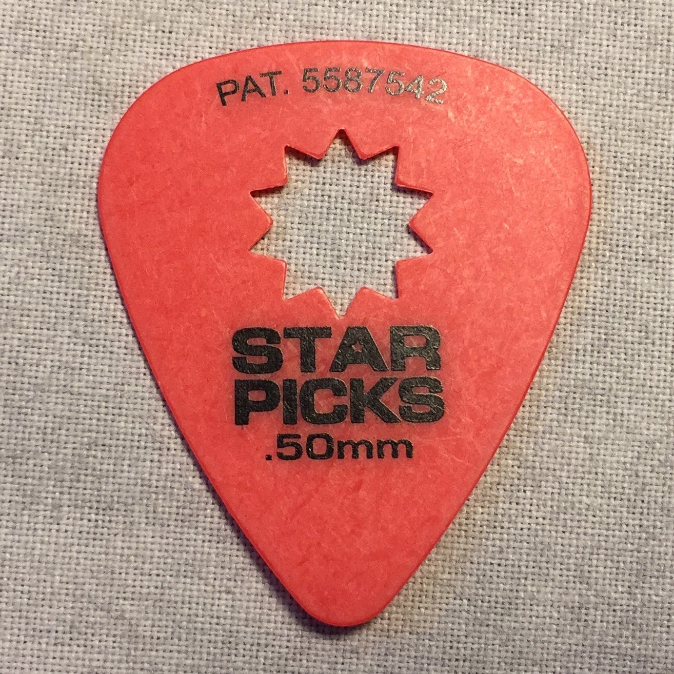 Everly Star Grip Picks