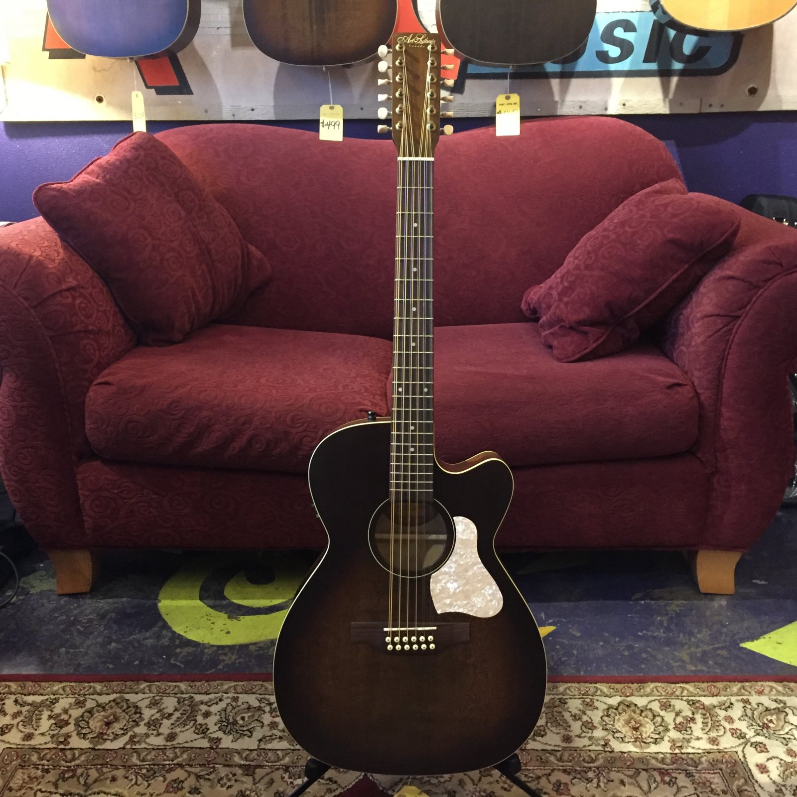 Art & Lutherie Legacy Concert Hall CW 12-string Acoustic