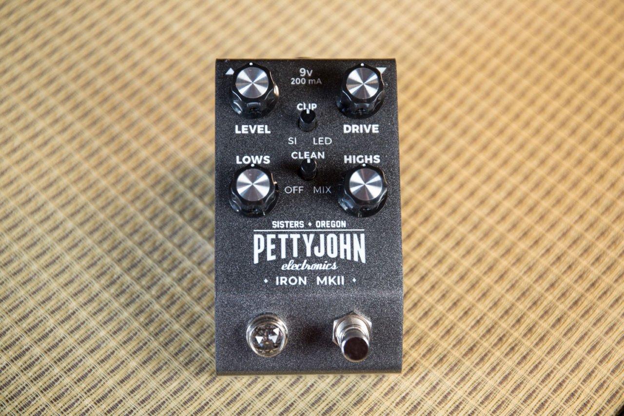 Pettyjohn Electronics Iron MKII Pedal