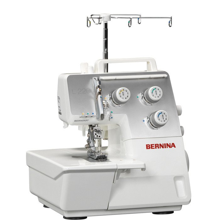 Bernina L 220 Serger