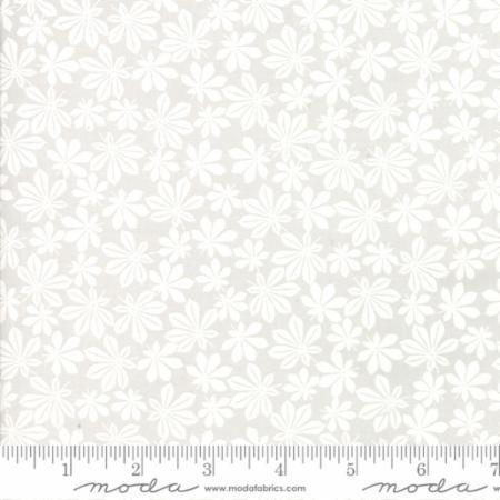 Moda Muslin Mates-Feather 33130/15