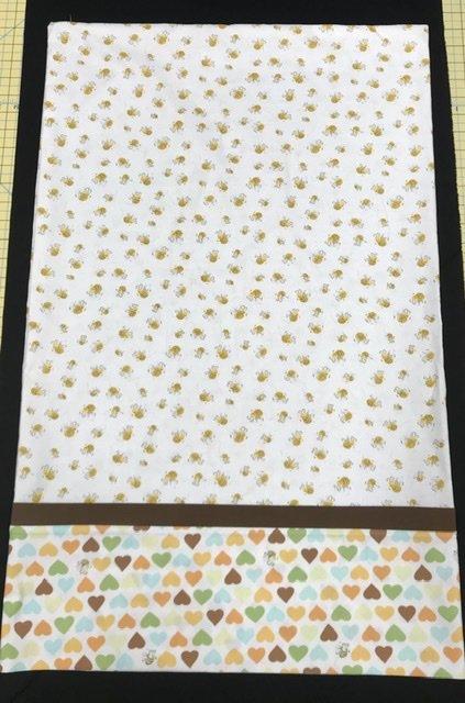 Pillowcase Kit-White Bees