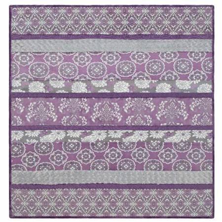 Cuddle Kit Crazy 8 Specialty Violeta 59in x 69in
