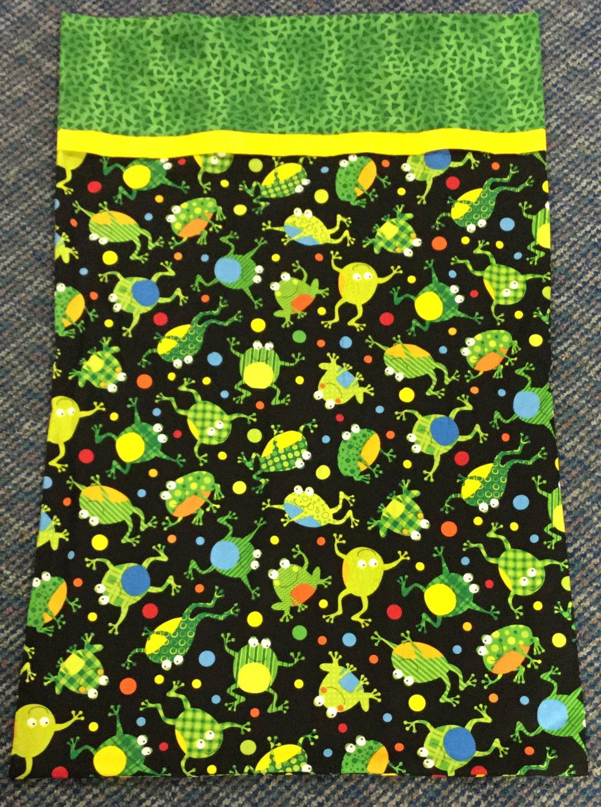 Pillowcase Kit-Frogs