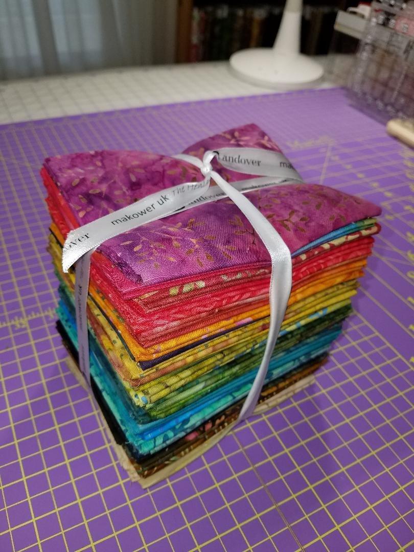 A splash of color fat quarter bundle