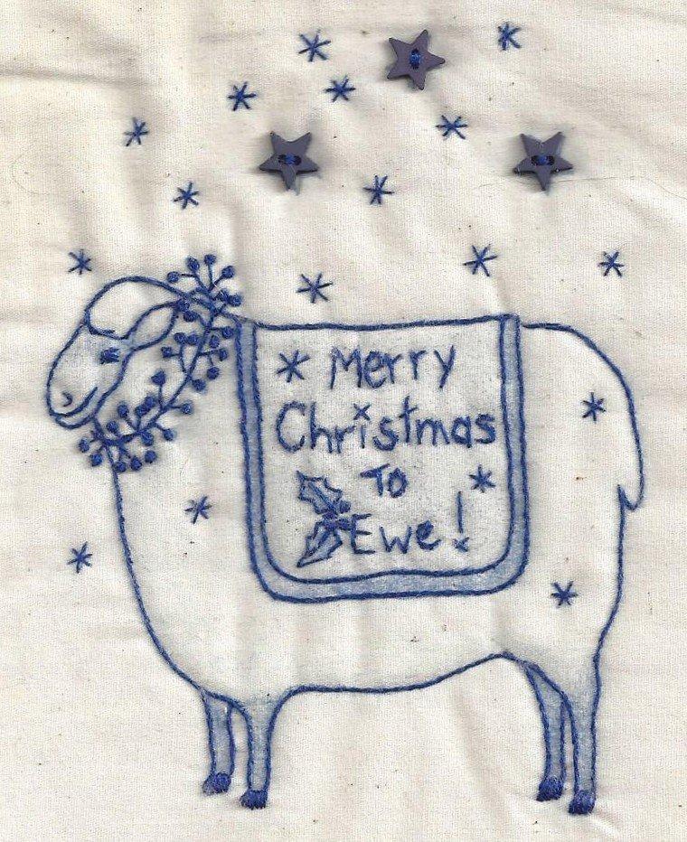 CK06B Christmas Ewe