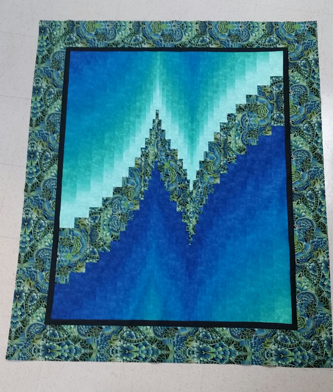 Two Fabric Bargello Quilt : two fabric quilts - Adamdwight.com