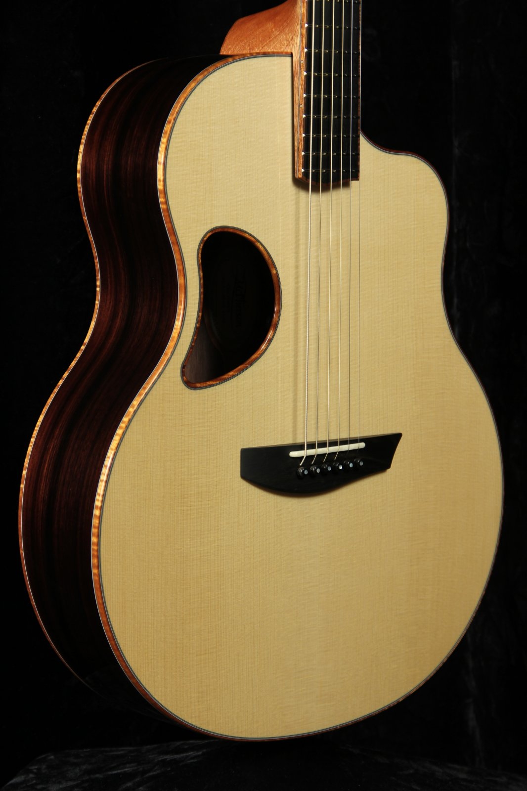 McPherson Camrielle 3.5 California Redwood Top/East Indian Rosewood Back&Sides