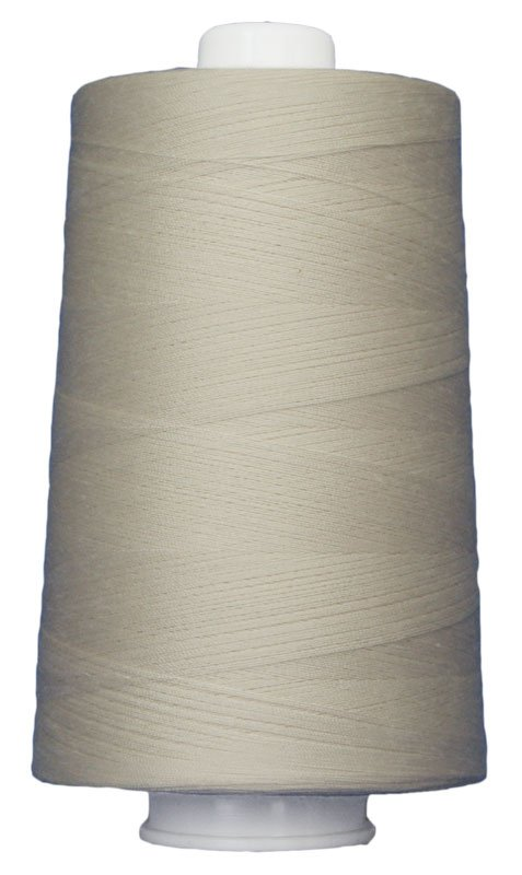 #3004 CREAM Omni Thread. Poly-wrapped poly core. 6000 yds.