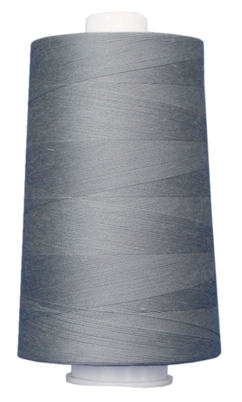 #3024 MEDIUM GRAY Omni Thread. Poly-wrapped poly core. 6000 yds.