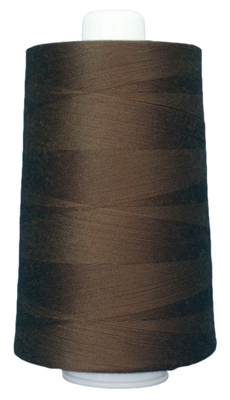 #3035 BROWN BEAR Omni Thread. Poly-wrapped poly core. 6000 yds.