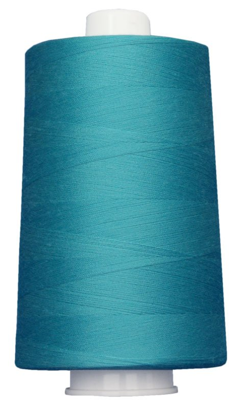 #3090 MEDIUM TURQUOISE Omni Thread. Poly-wrapped poly core. 6000 yds.